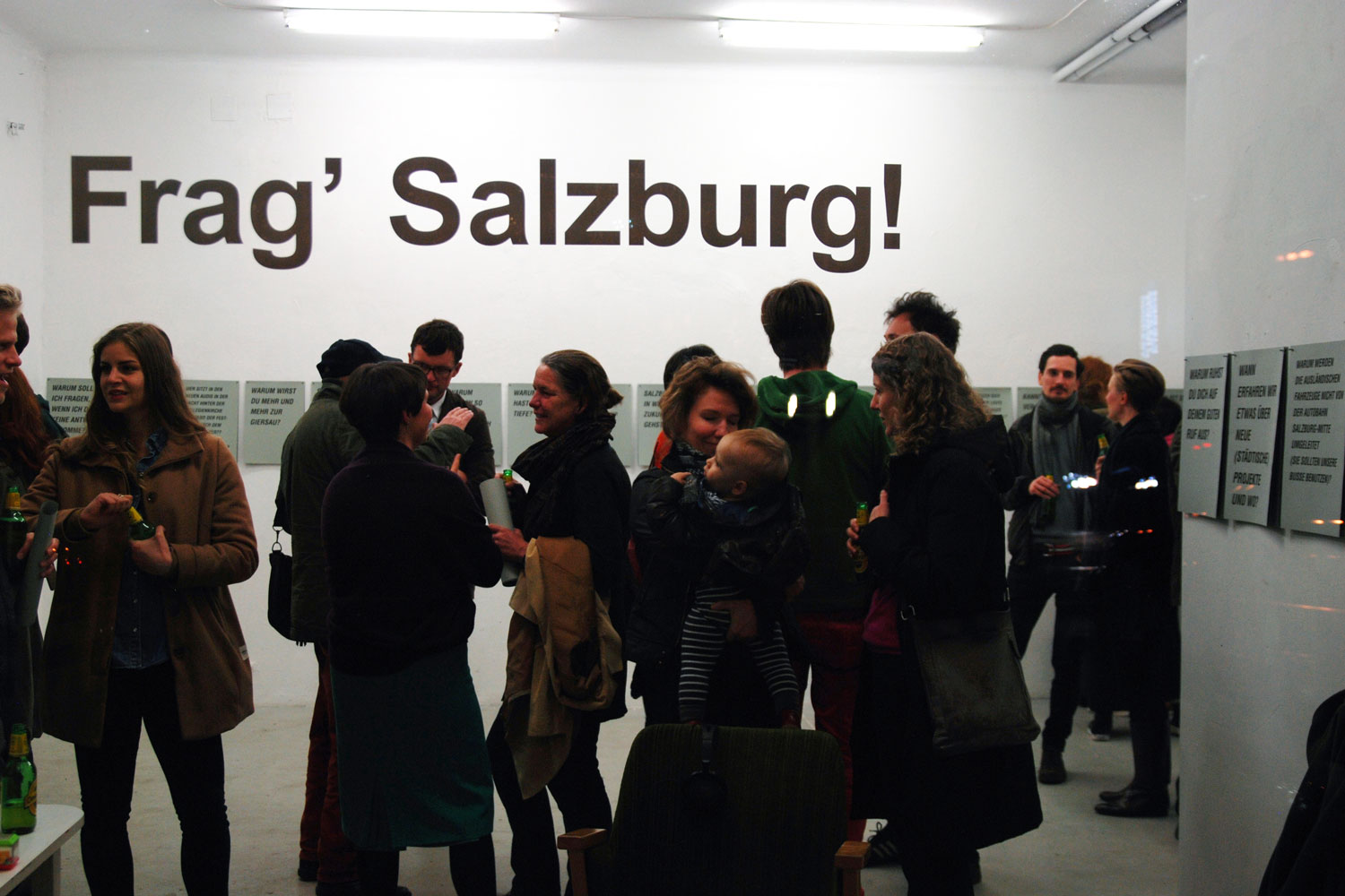 ask_your_town_frag_salzburg_mark-collective_ausstellungsansicht_periscope_project_space_Salzburg